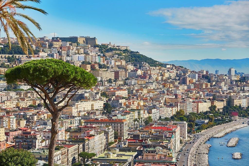 Discover Naples on a Private Custom Tour